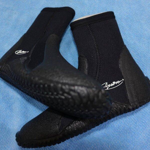 SeaPro Eco Booties, Wet Suit Boots 5mm c/w Zip | Borneo Dream Dive Shop