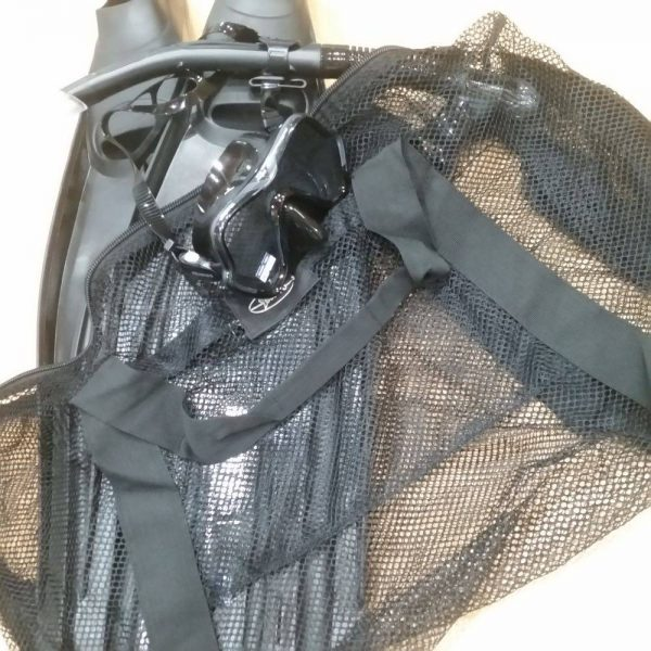 Mesh dive bag great for scuba diving and snorkeling needs