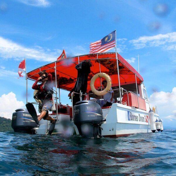 Scuba Diving at Gaya Island Resort, Tunku Abdul Rahman Marine Park, Kota Kinabalu