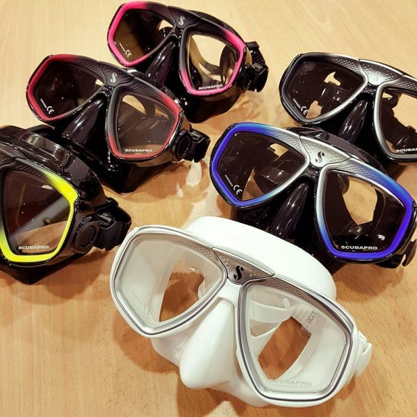 Scubapro Zoom Evo Mask | Great value and choice for snorkelling and scuba diving.