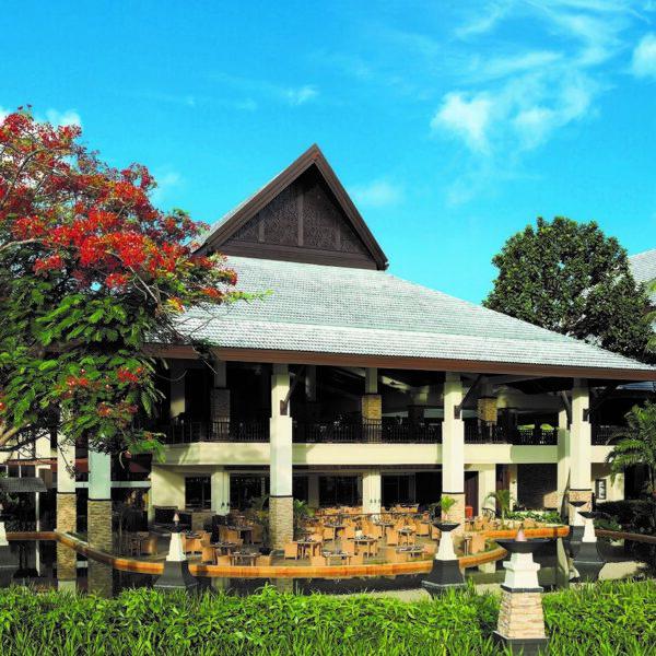 Shangri-La's Rasa Ria Resort and Spa | Coffee Terrace Outside View