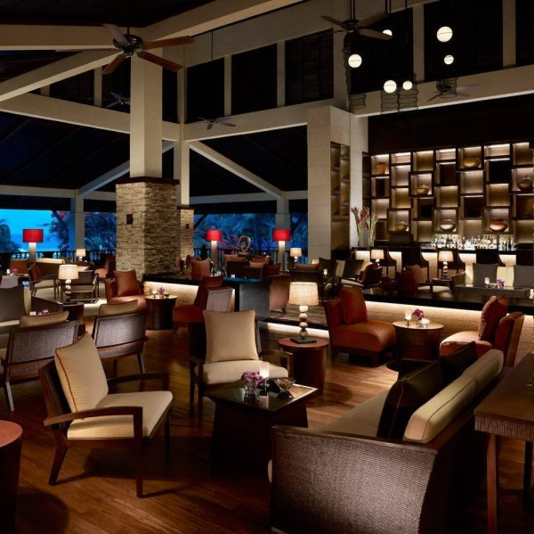 Shangri-La's Rasa Ria Resort and Spa | Lobby Bar and Lounge