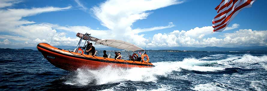 Borneo Dream – for fun IN or ON the water
