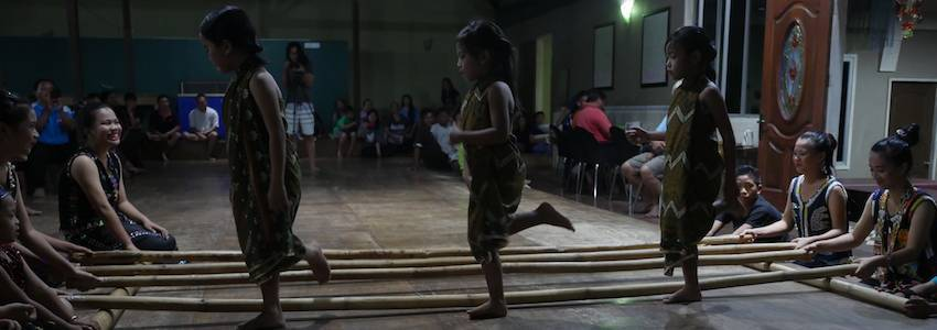 Cultural Dancing at Sapulot